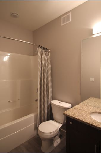 2-108 Barnes St.,Winnipeg,Manitoba,2 Bedrooms Bedrooms,2 BathroomsBathrooms,Townhouse,Barnes St.,1081