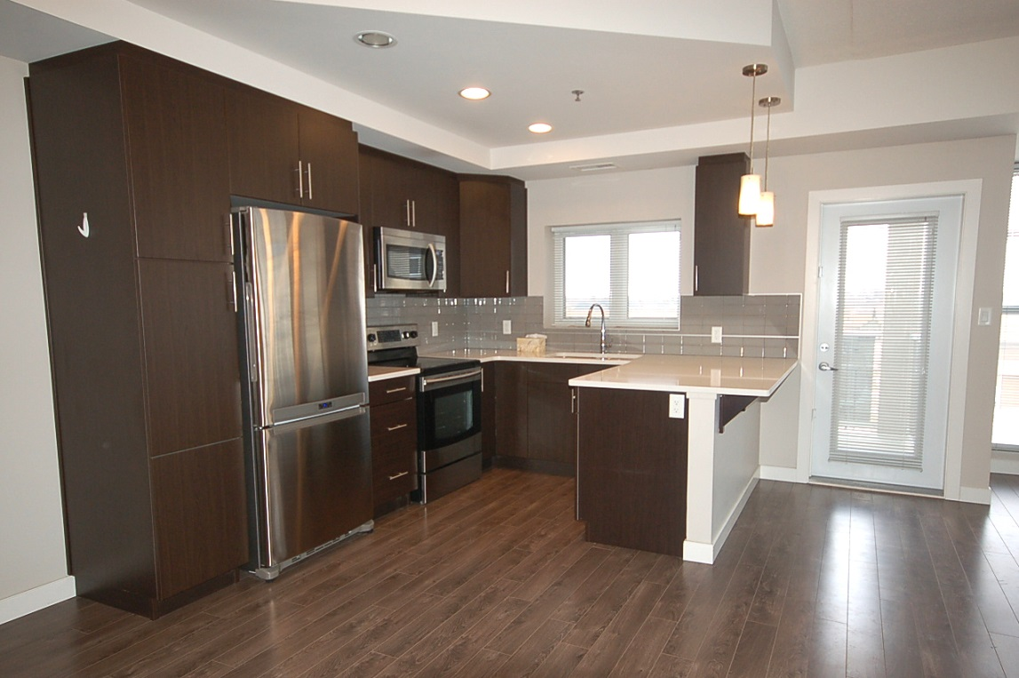 402-70 Barnes ST.,Winnipeg,Manitoba,2 Bedrooms Bedrooms,1.5 BathroomsBathrooms,Condo,Barnes ST.,1096