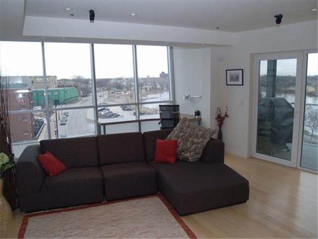 Condo For Rent Unfurnished 1 5 Bedrooms 2 Bathrooms