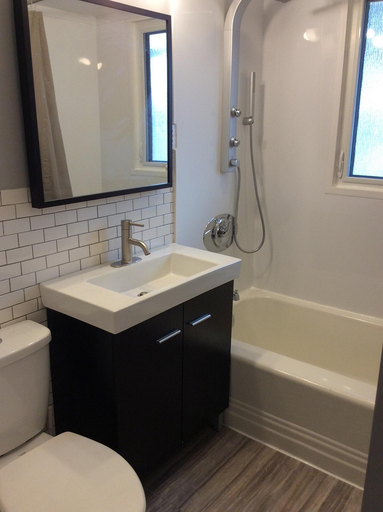1045 Bannerman Ave.,Winnipeg,Manitoba,2 Bedrooms Bedrooms,1 BathroomBathrooms,Duplex,Bannerman Ave.,1111