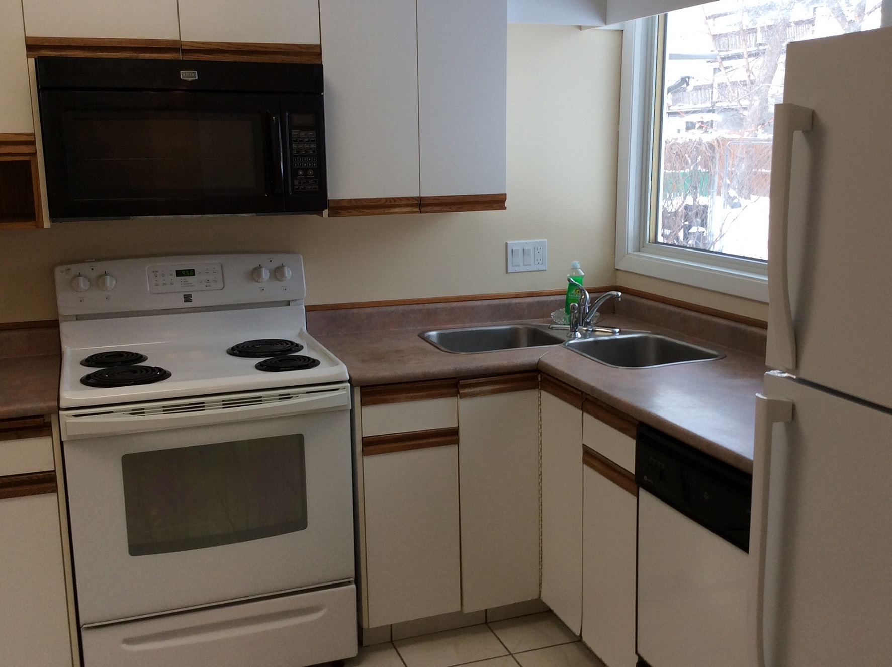 119 Thatcher Dr.,Winnipeg,Manitoba,3 Bedrooms Bedrooms,3 BathroomsBathrooms,House,Thatcher Dr.,1122
