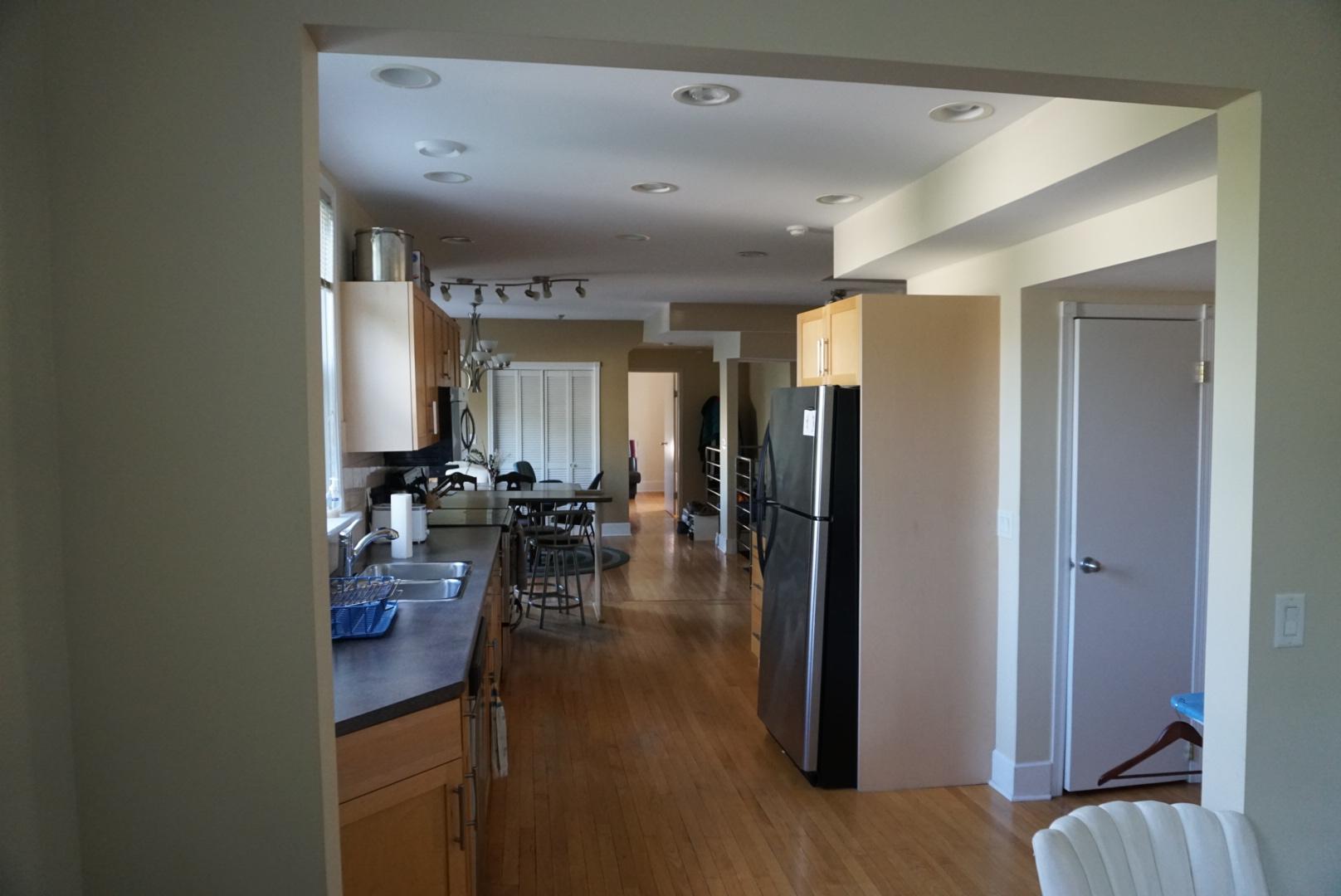 2-68 Yale Avenue Winnipeg,Manitoba,5 Bedrooms Bedrooms,2 BathroomsBathrooms,House,Yale Avenue,1205