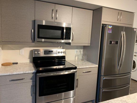 416-670 Hugo St. S,Winnipeg,Manitoba,1 Bedroom Bedrooms,1 BathroomBathrooms,Condo,Hugo St. S,1213