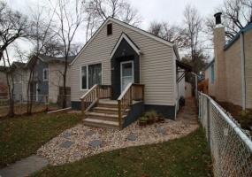775 Garwood Ave,Winnipeg,Manitoba,2 Bedrooms Bedrooms,1 BathroomBathrooms,Duplex,Garwood Ave,1219