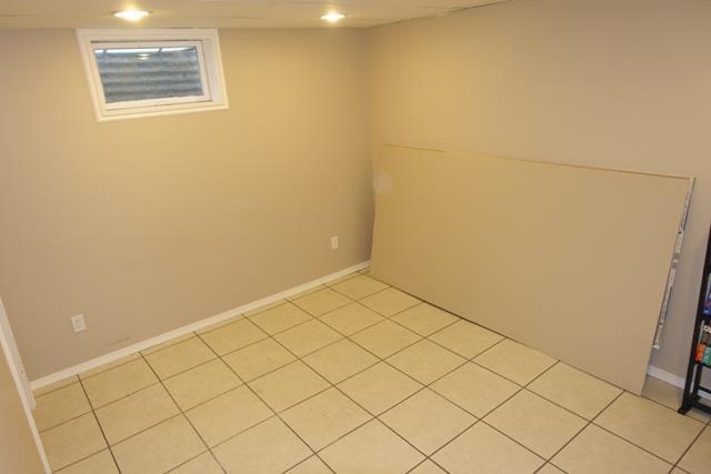 823 Lemay Ave.,Winnipeg,Manitoba,3 Bedrooms Bedrooms,2 BathroomsBathrooms,House,1238