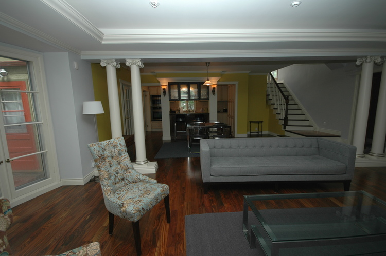 1239 Wellington Crescent,Winnipeg,Manitoba,3 Bedrooms Bedrooms,2.5 BathroomsBathrooms,House,Wellington Crescent,1025