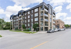 205-680 Tache Ave,Winnipeg,Manitoba,2 Bedrooms Bedrooms,2 BathroomsBathrooms,Condo,Tache Ave,1267
