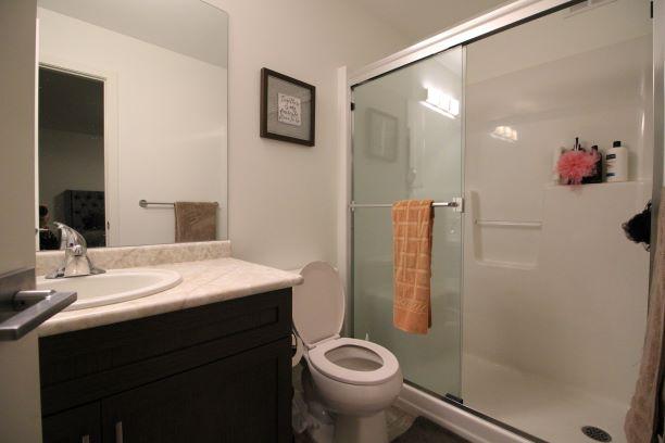 98 Arbourwood Court Winnipeg,Manitoba,3 Bedrooms Bedrooms,2.5 BathroomsBathrooms,House,Arbourwood Court,1268