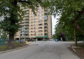 12C-300 Roslyn Road,Winnipeg,Manitoba,2 Bedrooms Bedrooms,1 BathroomBathrooms,Condo,Roslyn Road,1295